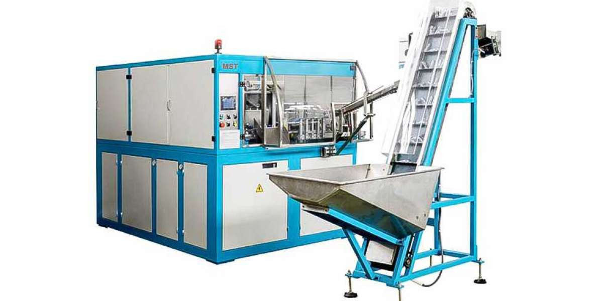 Working Principle of Bottle Blow Molding Machine
